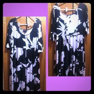 Black/White floral dress by Lane Bryant
